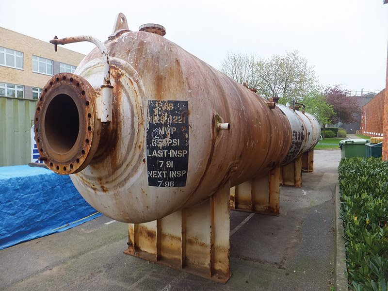 Benchmark vessel used for detailed examinations and testing