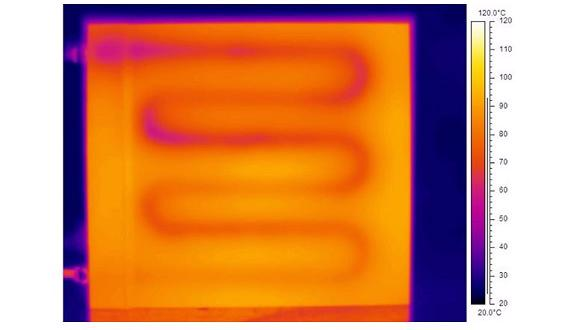 Cooling plate demonstrator (b) Infrared thermal imaging evidencing circulation of liquid coolant through heated plate demonstrator