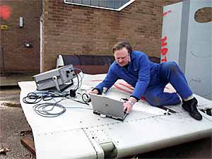 Fig. 7. Fastener inspection using phased arrays at TWI. Wing and fuselage samples provided by RAF
