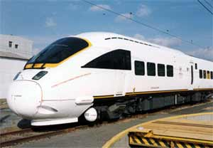 Fig.4. Express EMU Series 885 for JR-Kyushu built by Hitachi containing FSW full length welds of double skin side and roof panels
