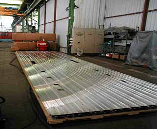 Fig.2. Friction stir welded roof panel produced at Hydro Marine Aluminium for Sapa for delivery to Alstom LHB (Germany)