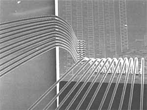 Fig. 4. High dennsity wire bonding