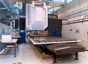 Fig. 12. Crawford Swift's Powerstir TM machine with 3 CNC axes and 60kW spindle power. It can react up to 10t force