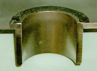 Fig.7. Section through tube to tubeplate fillet weld in difficult cast of type 316 stainless steel (<0.002% S) showing how the PWI activating flux increases the throat thickness