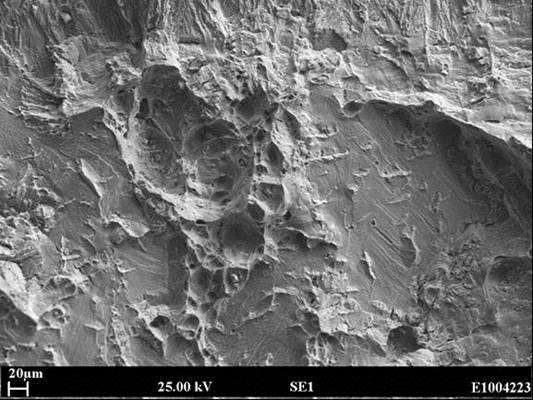 Figure 4 Fracture face of forging Specimen B-03, [H]=17ppm, tested under 18.0mm/hr