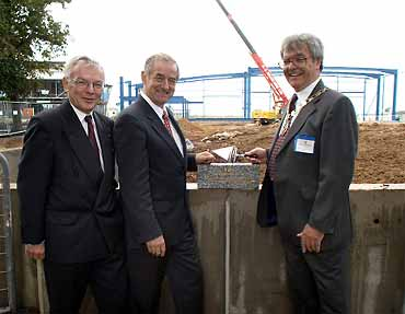 Councillor George Elsbury (right) with Bevan Braithwaite and Bertil Pekkari laying the foundation stone for TWI's new Engineering Building