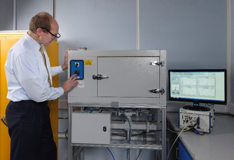 SIMUTOOL dielectric measurement system at TWI