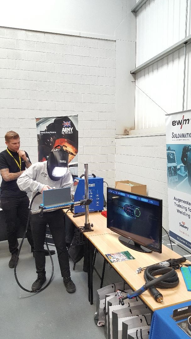 A student tries VR welding