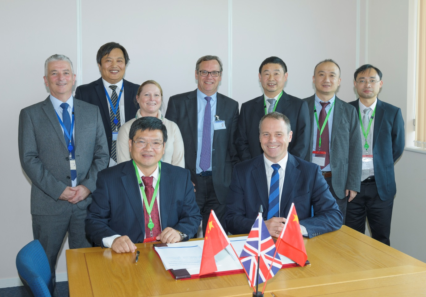 Dr Paul Woollin, director of research at TWI, signed the membership agreement with Mr Hulin Wu, chief executive of SITE